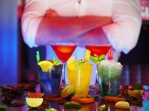 Cocktails and bartender